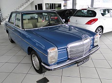 MERCEDES BENZ ano 1976
